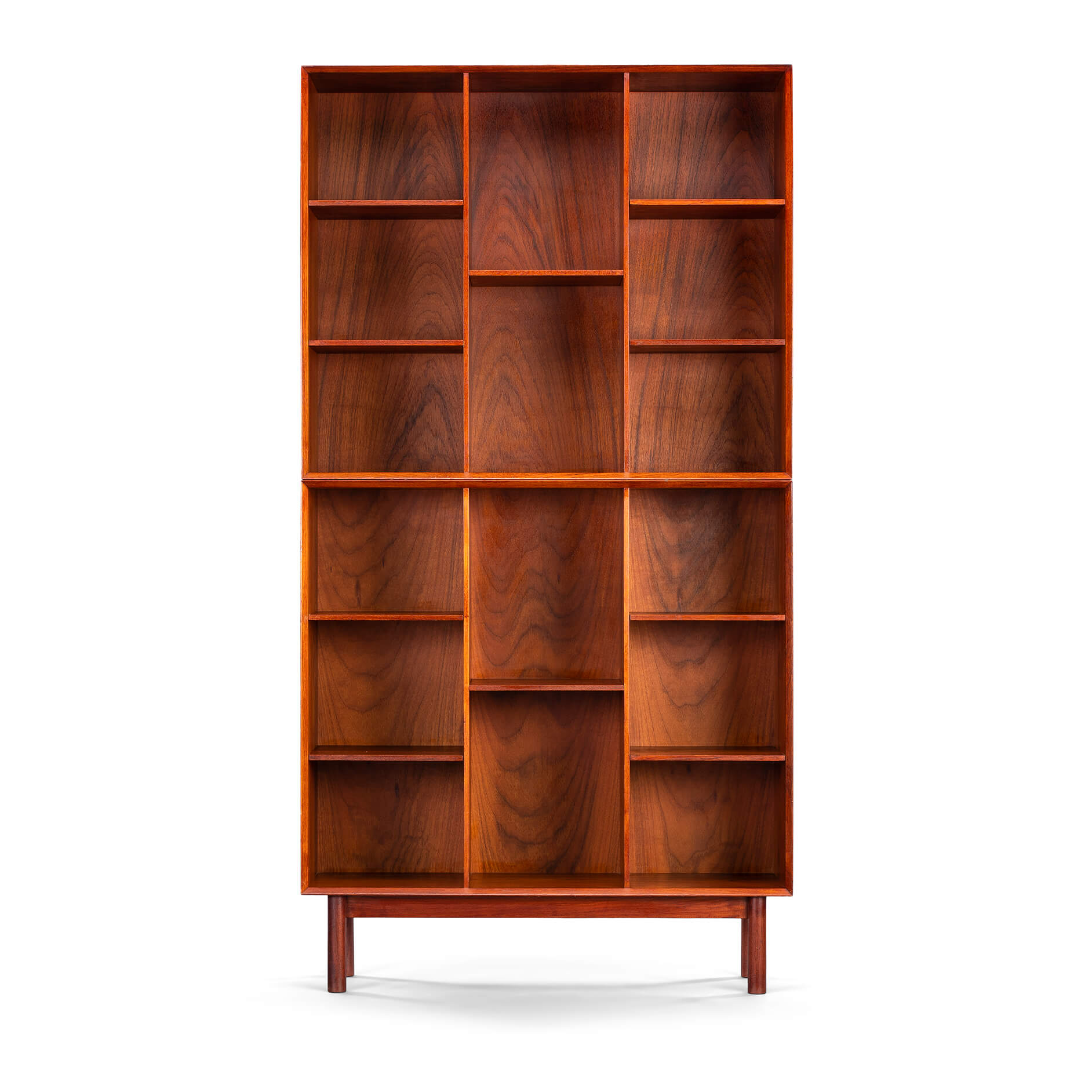 Bookcase in teak